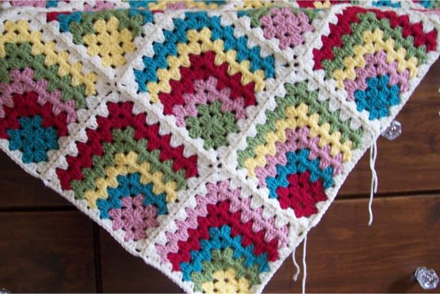 Crochet Granny Square : Crochet Mitered Granny Square Blanket