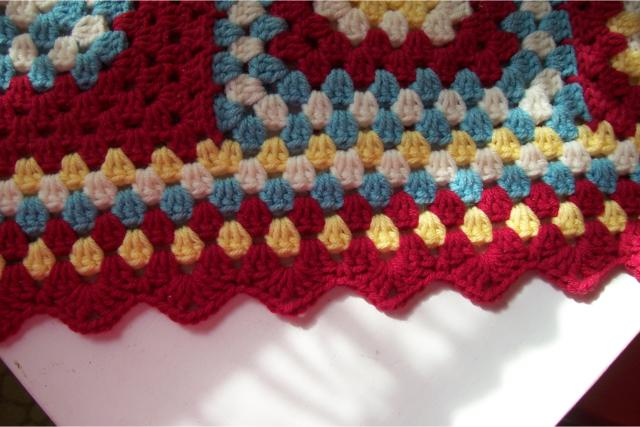 Pointed crochet edging