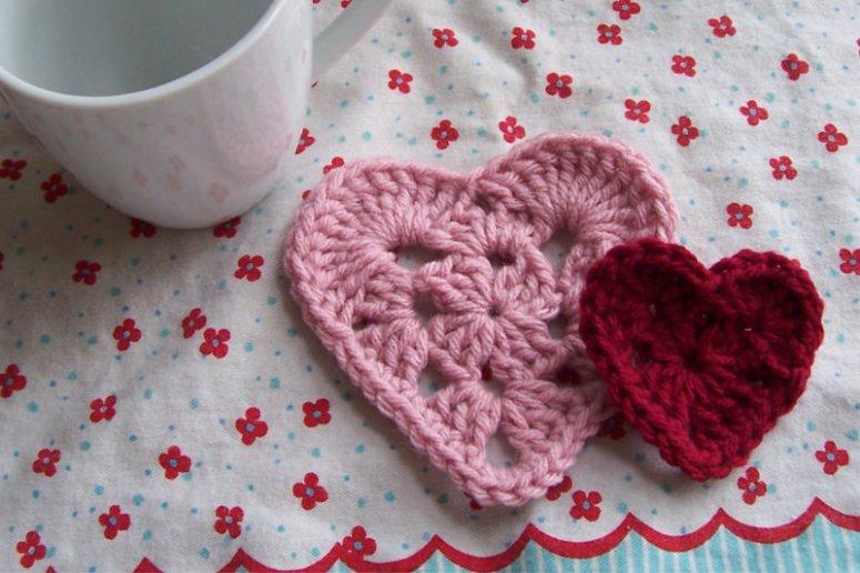 CrochetGrannyHeartCoaster