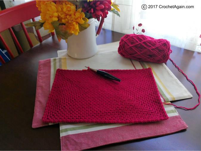 crochet-confetti-tote-bag-base